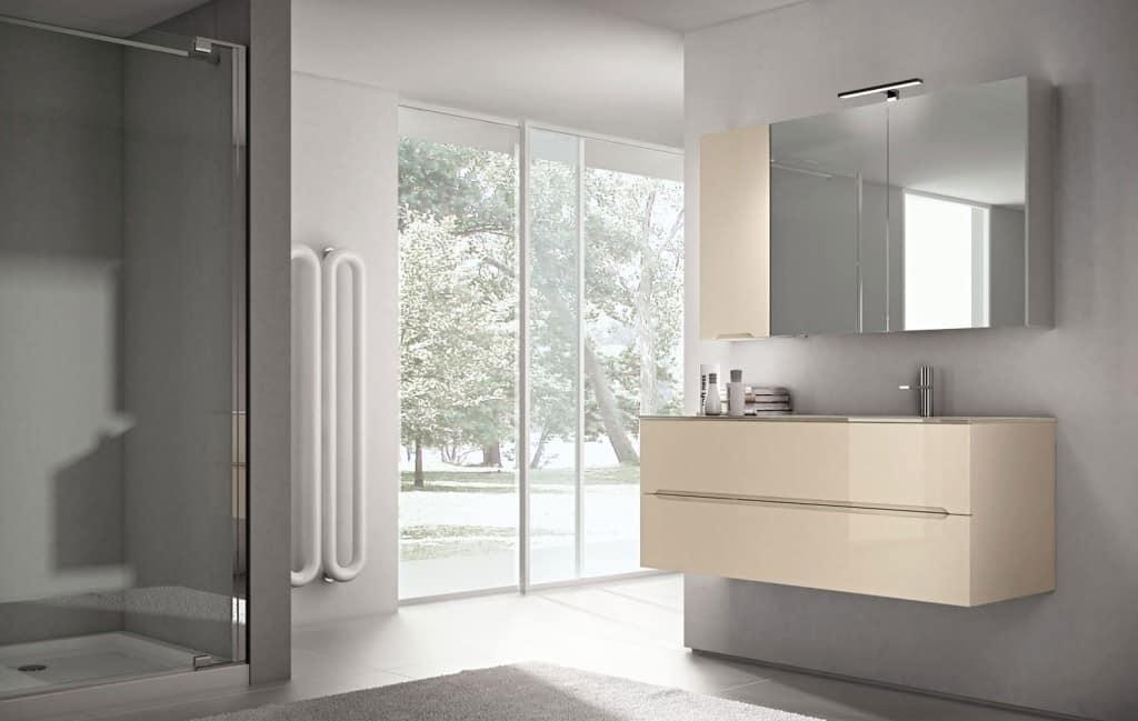 Mobile da bagno con ampio specchio contenitore | IDFdesign
