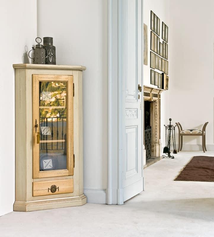 Angoliera classica in legno laccato per ristorante for Casa classica toscana srl