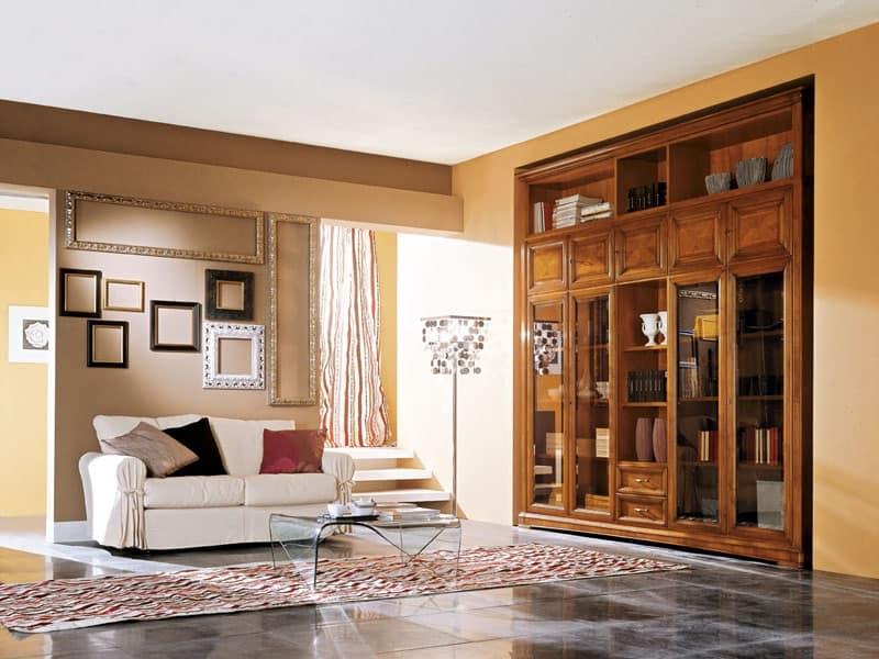 Mobile in legno per soggiorno con ante in vetro idfdesign for Mobili salone classici