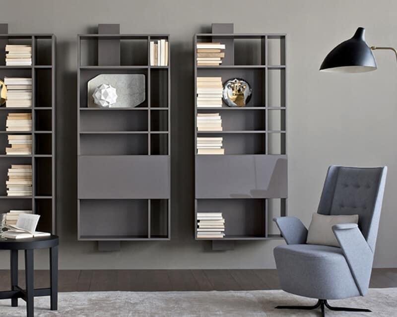 Composizione d'arredo per soggiorno, con mensole e pensili  IDFdesign