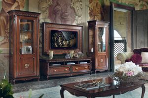 Cortina, Mobile da soggiorno in stile classico