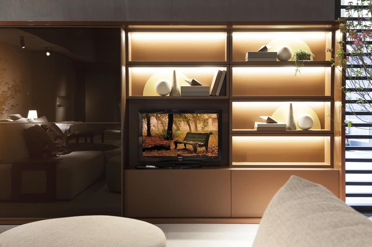 Sistema salotto con armadio libreria e vano tv idfdesign for Salotto con libreria