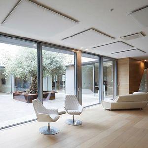 Oversize ceiling, Pannelli fonoassorbenti da soffitto