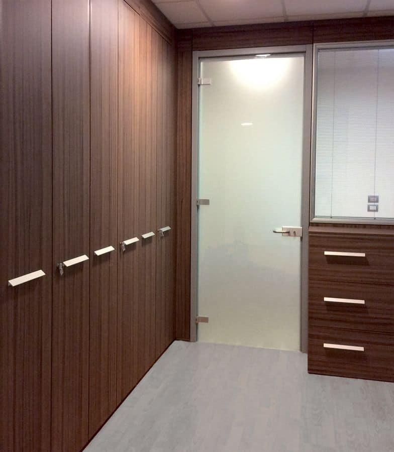 Dv605 parete attrezzata divisoria per uffici idfdesign - Parete mobile divisoria ...