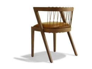 STRING, Sedia con schienale curvato e ampio sedile