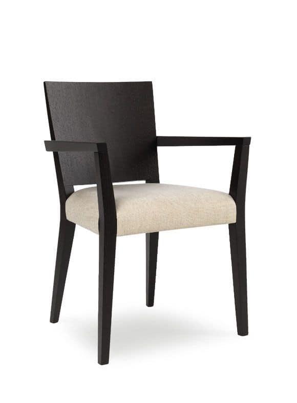 Sedia in legno con braccioli seduta imbottita per uso for Poltroncine per tavolo pranzo
