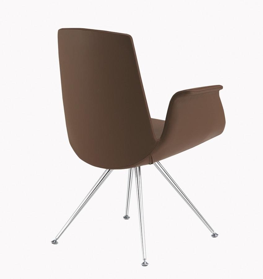Modà, Poltroncina design con gambe cromate