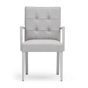 Zenith 01629, Poltroncina con struttura in legno, seduta e schienale imbottiti, schienale capitonn�, per sale da pranzo