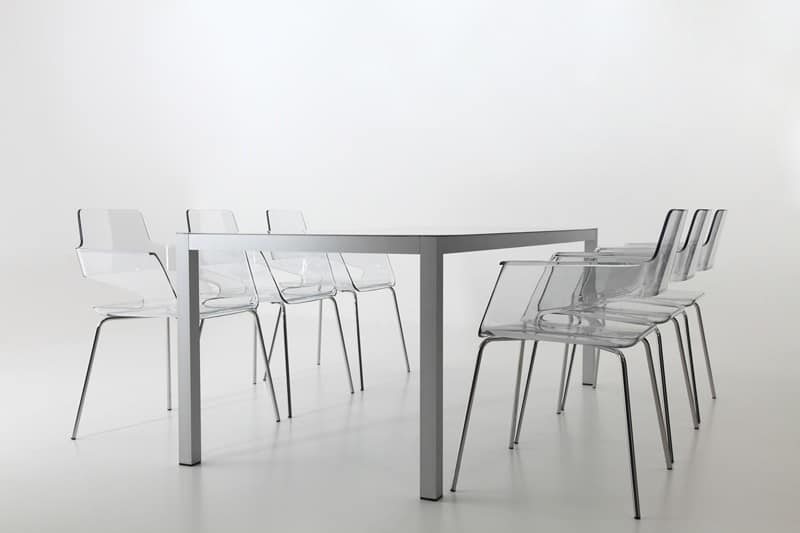 B32 4L, Poltroncina con scocca in nylon, design contemporaneo, base in metallo