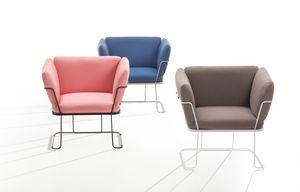 Merano, Poltroncina lounge leggera ed elegante