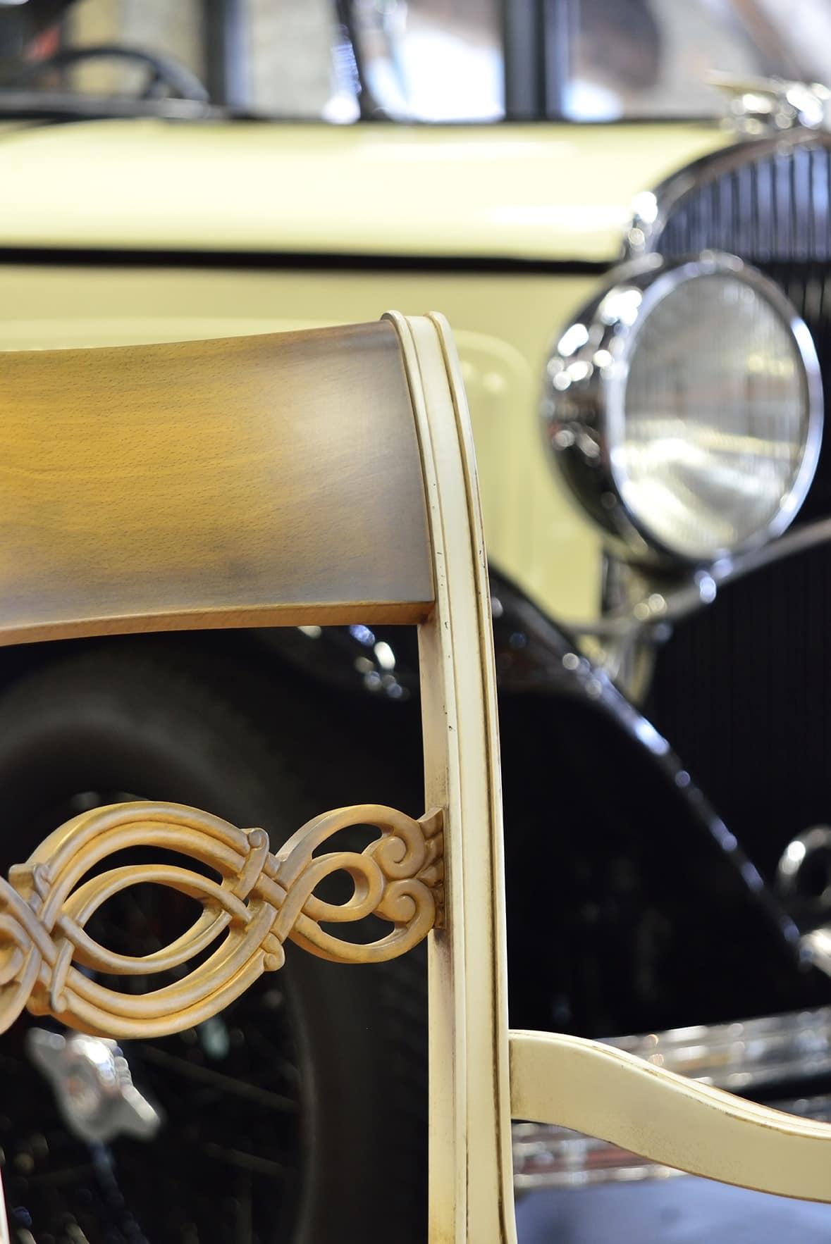 CHIMERA poltroncina 8524A, Poltroncina classica con schienale in legno intagliato