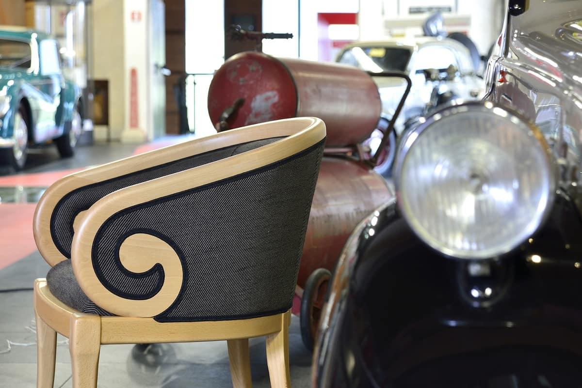 TOFFE poltroncina 8179A, Poltroncina imbottita con bracciolo curvato, stile classico