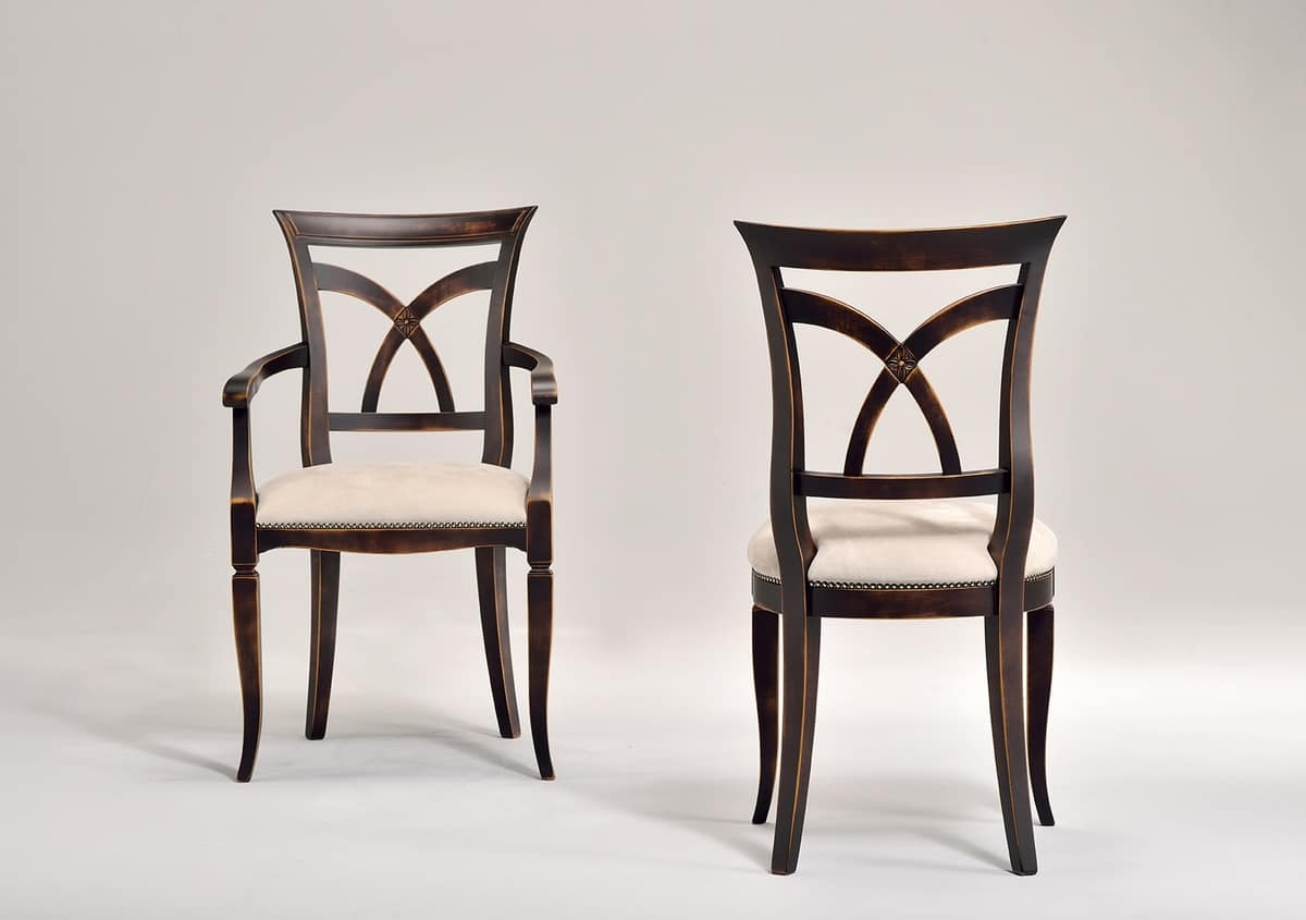 VICTORY poltroncina 8092A, Poltroncina in faggio con braccioli, sedile imbottito