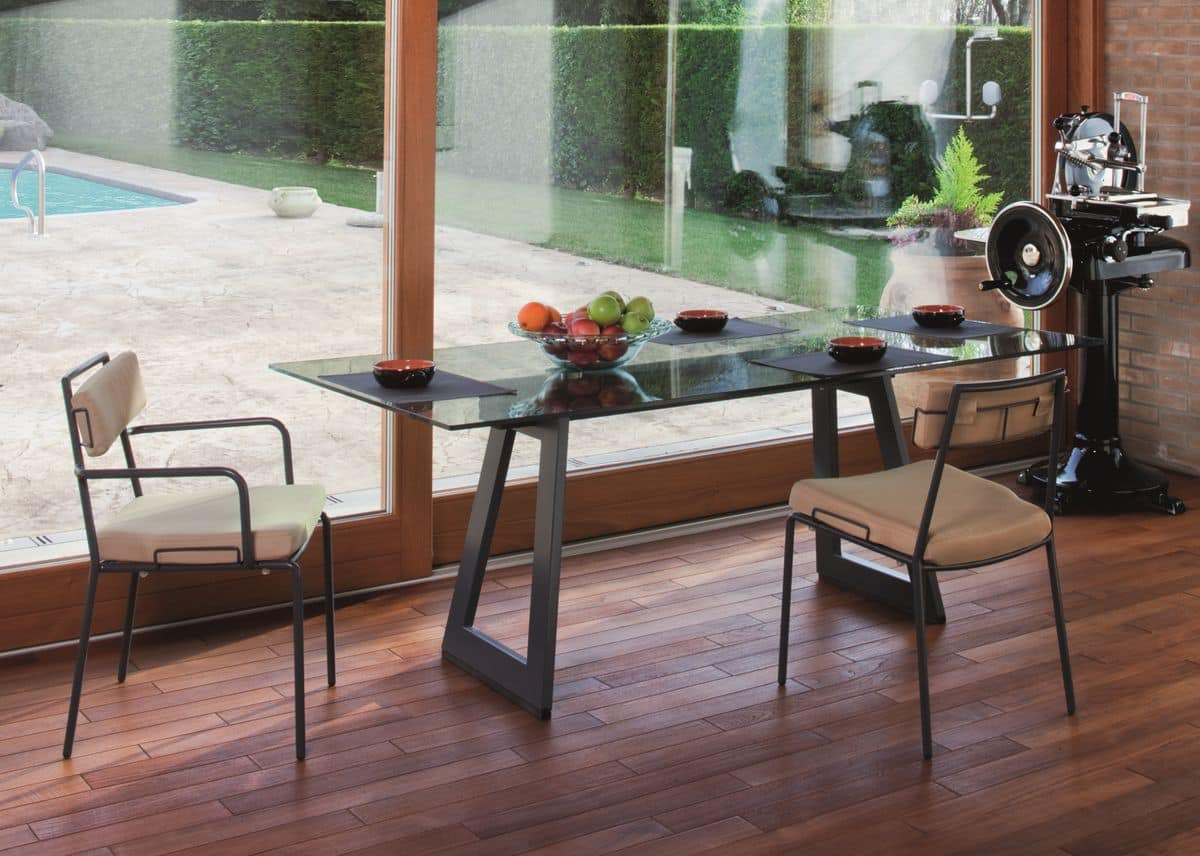 Lucky PT, Poltroncina in metallo ideale per ambienti residenziali moderni e bar