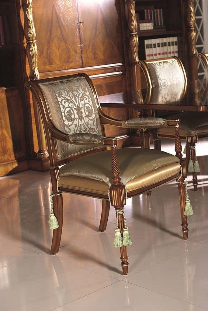 Capotavola in legno massello seduta e schienale imbottiti - Sale da pranzo stile classico ...