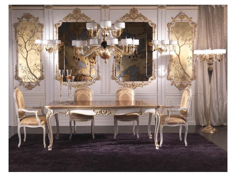 Sedia capotavola classica di lusso rivestita in seta for Poltroncine per tavolo pranzo