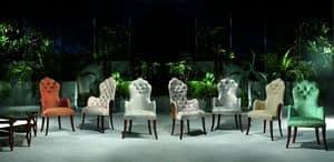Immagine di PO37 Pasci�, sedia con braccioli intagliata