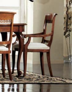 Settecento sedia capotavola, Sedia capotavola, imbottita, con intagli classici