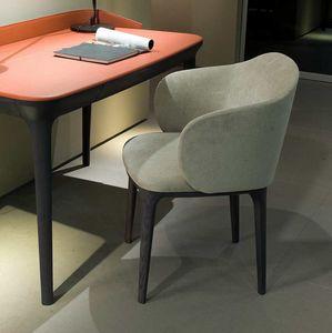Manda XL poltrona, Poltrona in perfetto equilibrio tra design e classicità