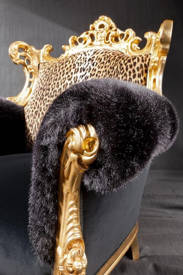 Finlandia animalier, Poltrona di lusso, rivestimento in tessuto leopardato