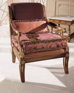 9725, Poltrona in faggio massello, seduta e schienale imbottiti, per ambienti in stile classico di lusso
