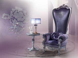 B/110/8 The Throne, Poltrona in stile classico, in legno intagliato