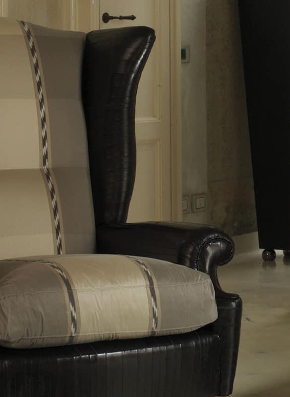 Bergere, Poltrona lussuosa, lavorata a mano, per suite d'albergo