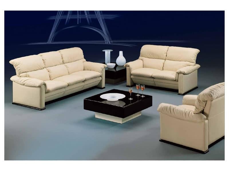 Poltrona ricca arredamento classico idfdesign - Tavolini poltrone sofa ...