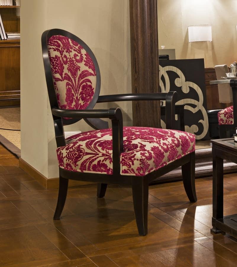 Poltrona con braccioli con schienale a medaglione idfdesign for Poltrona design amazon