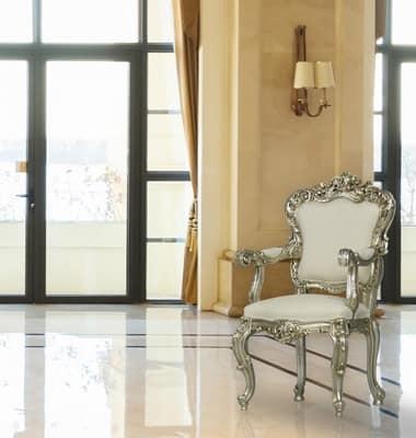 Poltrone classiche di lusso putto for Classica stoffa inglese