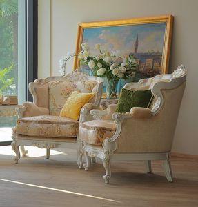 Serena poltrona, Lussuosa poltrona decorata artigianalmente