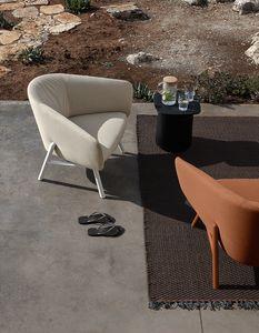 Tuile armchair, Comoda poltrona per esterno, in tessuto antimacchia e idrorepellente