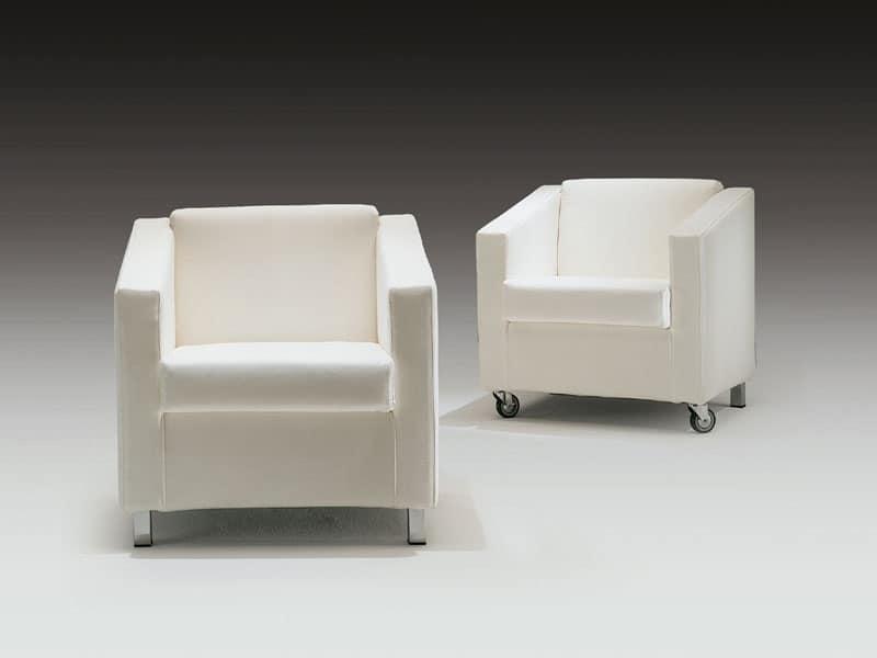Poltrona imbottita con ruote per area lettura idfdesign - Poltrone moderne design ...