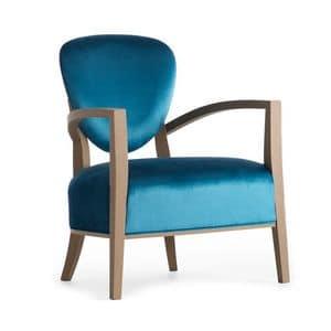 Cammeo 02641, Poltrona in legno massicio, schienale e seduta imbottiti, copertura in tessuto, stile moderno