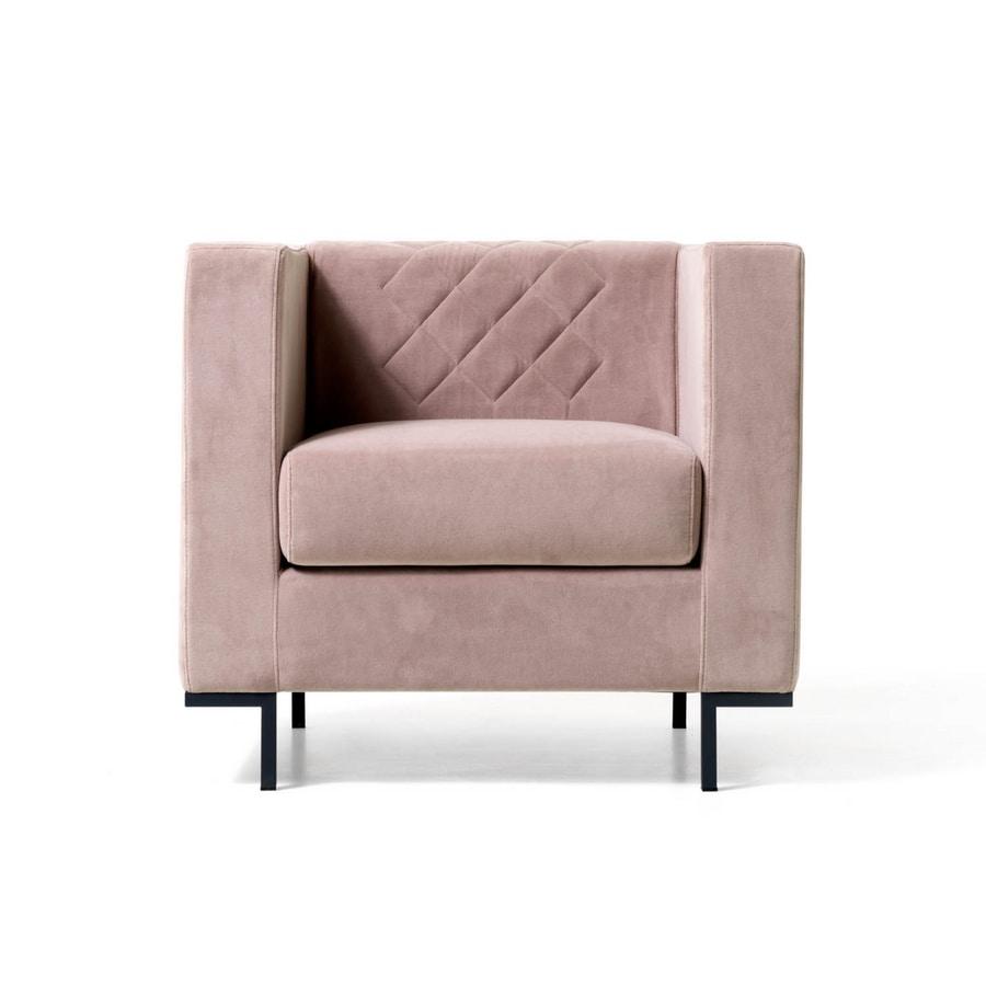 Comoda poltrona piedi in acciaio verniciato sala attesa idfdesign - Poltrone moderne design ...