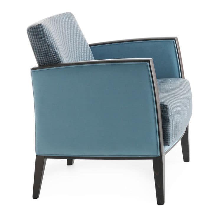 Comoda poltrona per aree lounge idfdesign for Poltrone moderne design