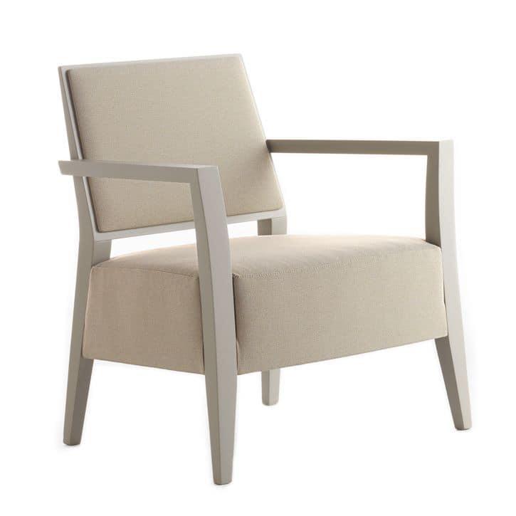 Poltrona con struttura in legno massiccio seduta e schienale imbottiti copertura in tessuto - Poltrone moderne design ...