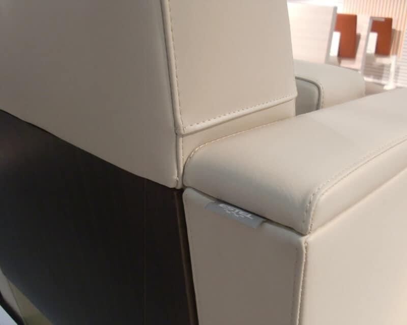 Domino, Sedute imbottite con sedile reclinabile, per sale conferenza