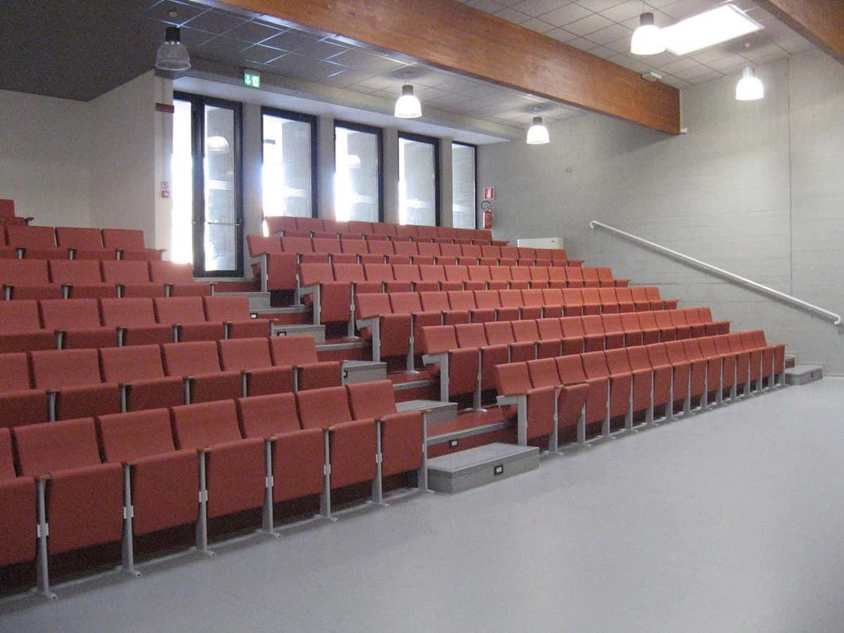 Simplex X, Poltrona accostabile per sale congressi e auditorium