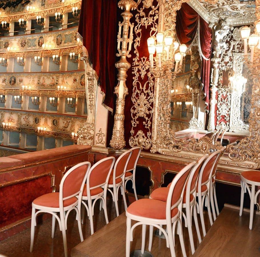 Sedute personalizzate per teatro la fenice di venezia for Poltrone teatro