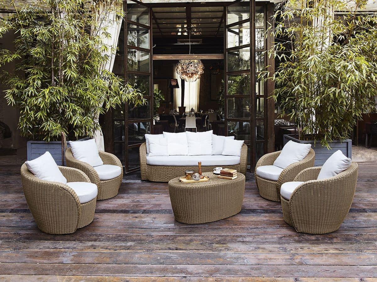 Poltrona in vimini per terrazzo giardino o bar spiaggia for Divani da terrazzo