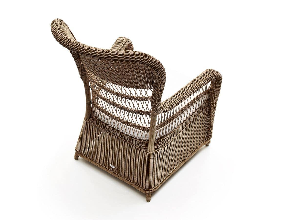 Poltrona intrecciata con cuscini per il terrazzo idfdesign - Divano in vimini ...