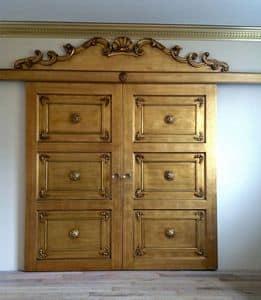 Art. Alexander porta, Porta per muratura, ricco intaglio, finitura in foglia oro
