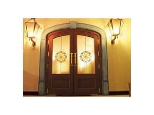Imperiale, Porta ingresso con vetri antisfondamento, srtruttura in rovere massiccio, chiudiporta a pavimento