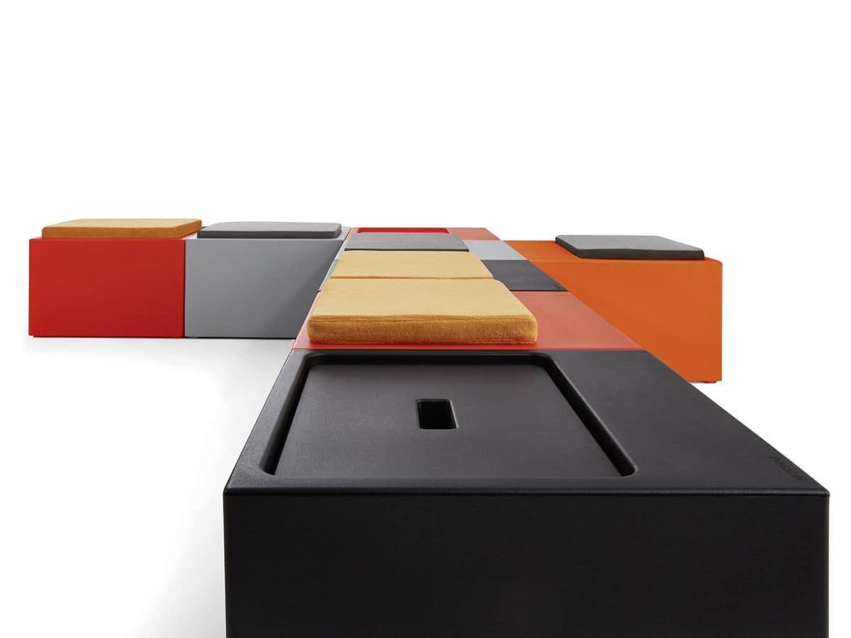 Panca modulare in polipropilene colorato per esterni - Panca contenitore esterno ...