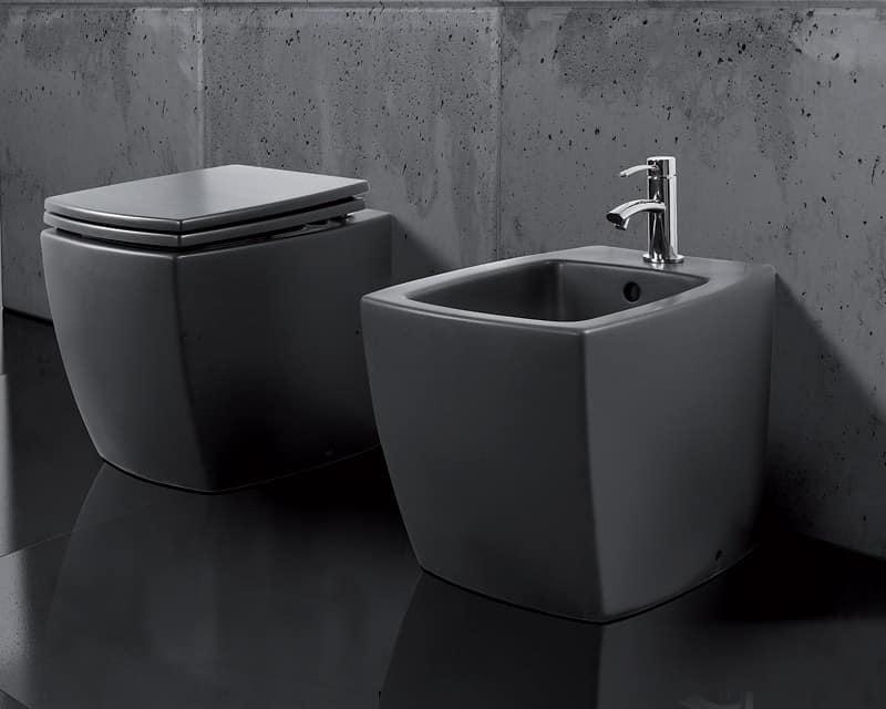 Sanitari a pavimento realizzati in ceramica idfdesign - Sanitari bagno sospesi neri ...
