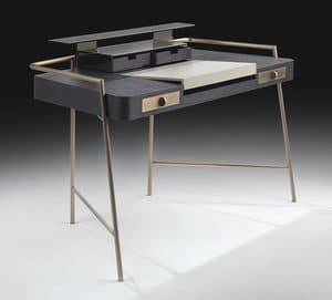 Flat, Scrittoio con gambe in acciaio, piano in legno e cuoio