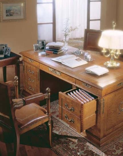 Scrivania classica in radica di frassino per ufficio di for Scrivania classica