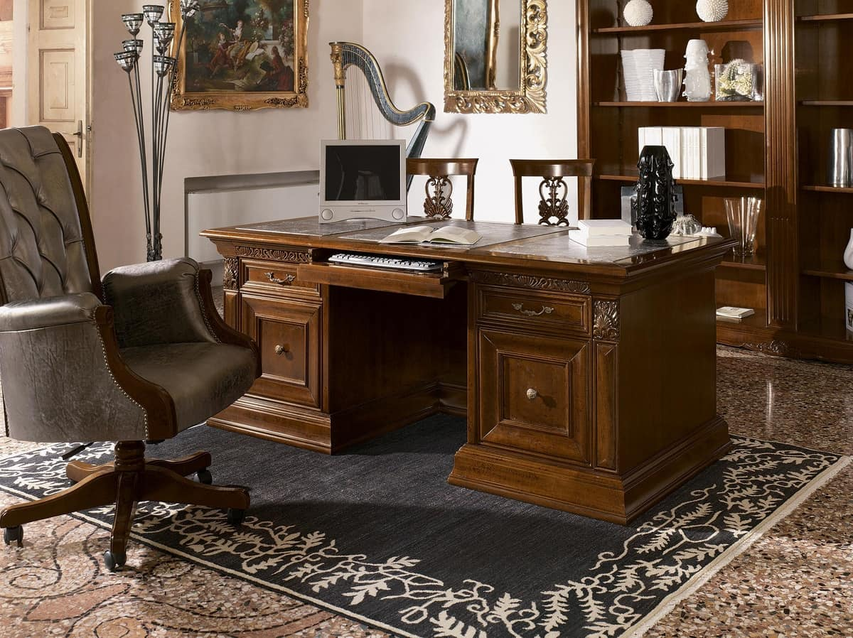 Scrivania classica di lusso in legno intagliato per - Scrivanie legno design ...