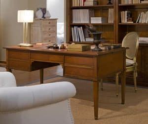 Scrivania in ciliegio, Scrivania per uffici classici, in legno decorato